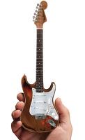 Fender™ Stratocaster™ - Aged Sunburst Distressed: Ornament