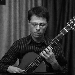 Adrián C. Hallé