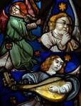 Traditional: Les anges dans nos campagnes (texte en anglais)