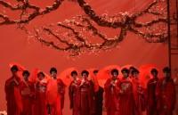 Puccini, Giacomo: Humming Chorus (Une tierce en-dessous)