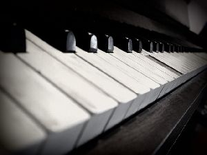 Opus 17: 12 préludes pour piano.
